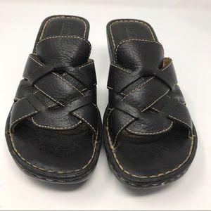 Born Pebbled Leather Platform Wedge Sandal-Size 7